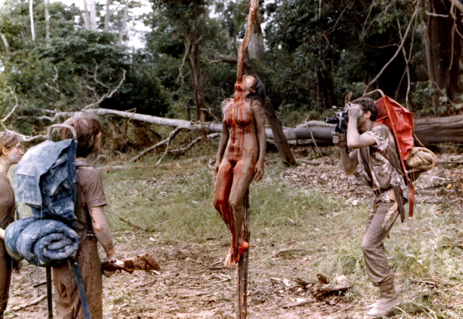 Cannibal_Holocaust_1