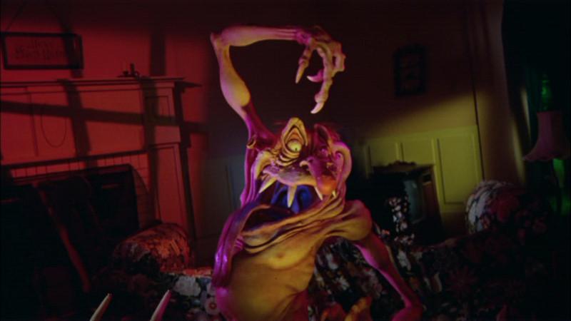 2965141-twilight+zone+the+movie+pdvd_008