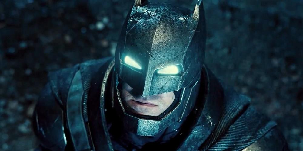 Ben-Affleck-Batman-V-Superman-Power-Armor